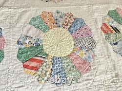 Antique Handmade DRESDEN PLATE Cotton QUILT with ICE CREAM CONE Border Pastels