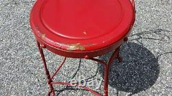 Vintage ice cream table and 4 chairs, red, steel, good condition